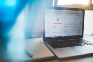 5 powodów dla których warto dbać o analitykę internetową w biurze.