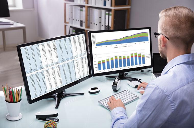 Agencja SEO na monitorze