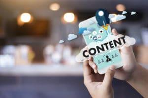 Jak pisać teksty które sprzedają - content na smartfonie